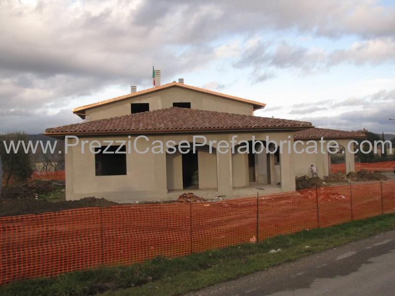 Case prefabbricate cemento armato antisismiche arezzo for Case prefabbricate cemento armato