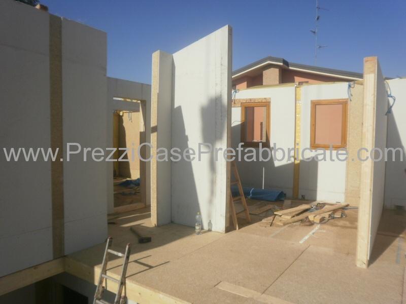 Vendita case prefabbricate in legno in muratura bioedilizia for Vendita case in legno prefabbricate