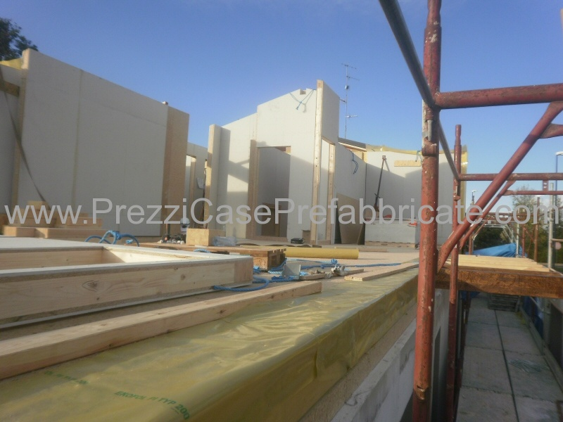 Vendita case prefabbricate in legno in muratura bioedilizia for Prefabbricati in legno costi