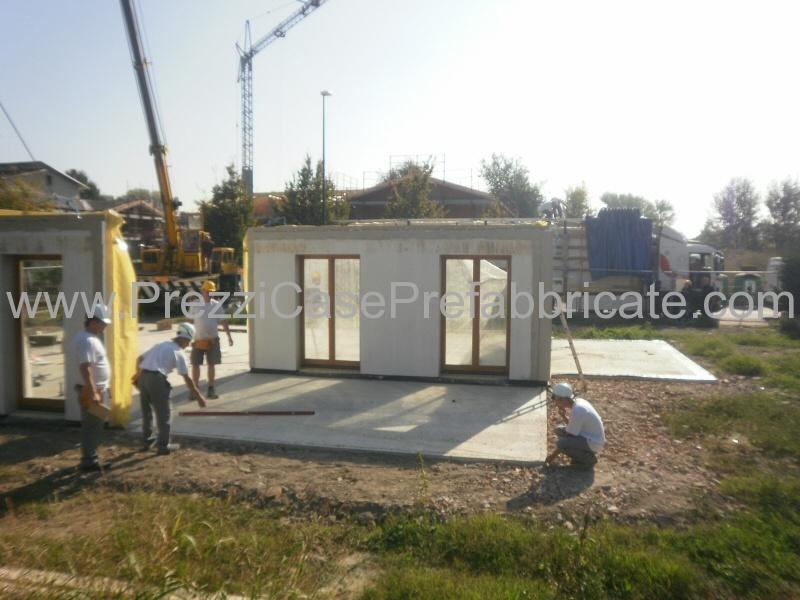 Ville prefabbricate case legno casa prefabbricata wood house for Villette prefabbricate in muratura prezzi