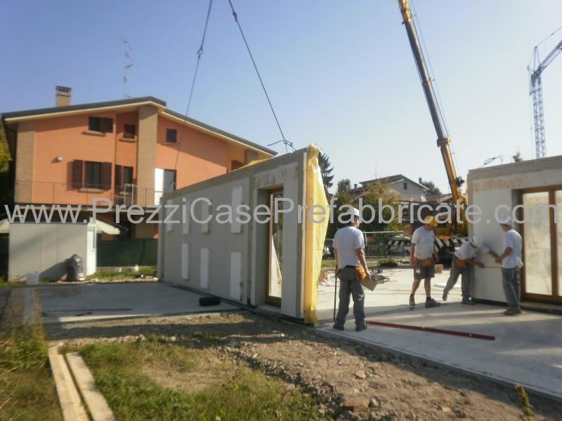 Ville prefabbricate case legno casa prefabbricata wood for Villa prefabbricata prezzi