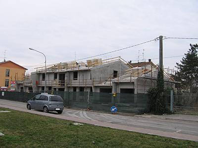 Casa-antisismica-Quadri-Cantiere-400x300 Case antisismiche prefabbricate