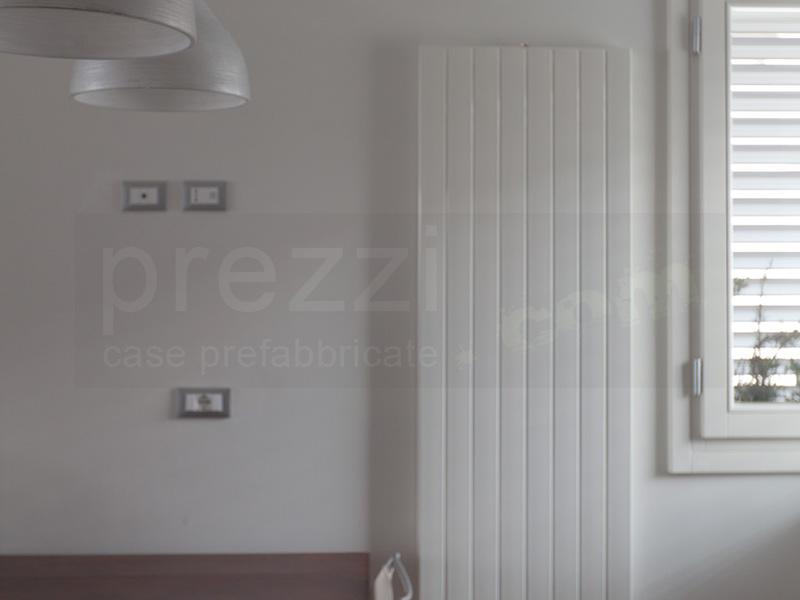 piastre-radianti-a-parete-WM Villa prefabbricata legno, Novi di Modena